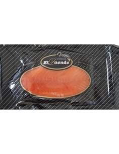 Saumon norvégien fumait un plateau de 0,8 kg. approximatif