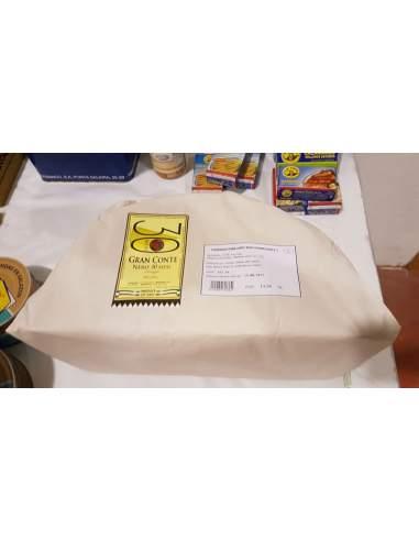 Cuña de queso Italiano Gran Conte Nero 3,5 kg.