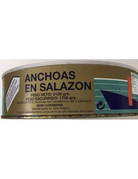 La Nutria salting anchovies RO-2350